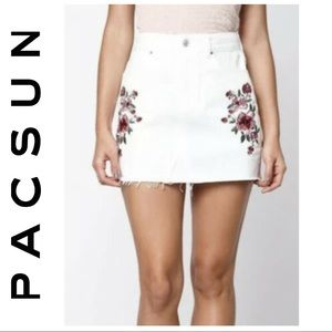 Pacsun Off-White Floral Embroidered Denim Skirt